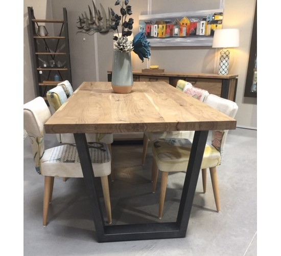 TABLE CHELSEA