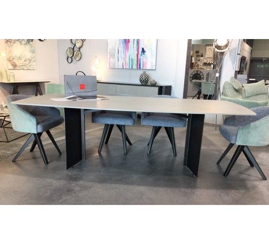 Table Ferstone