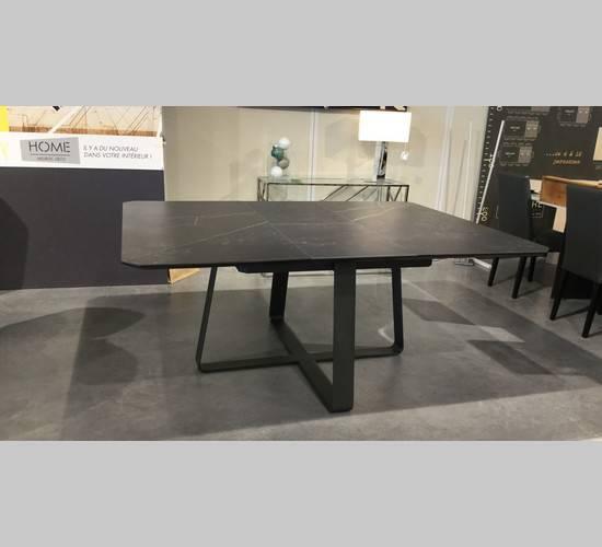 table carré zagas